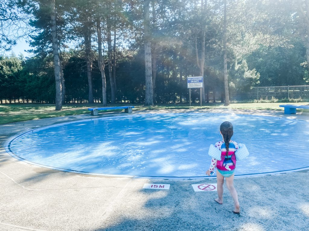 South Arm Pool is an amazing outdoor pool for kids in Richmond, BC.